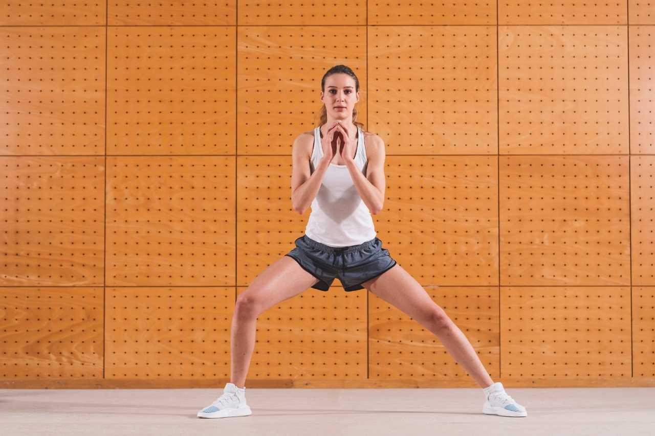 Side squat